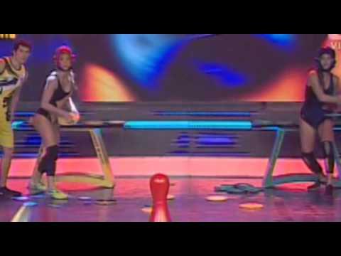 NICOLE FAVERON LEONA y VANESSA JERI LEONA @ CAMBIO INESPERADO EN ESTO ES GUERRA 17-06-14 from YouTube · Duration:  2 minutes 41 seconds