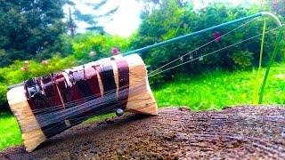 Удочка своими руками / Homemade fishing rod(Всем привет! В этом видео я покажу вам, как сделать удобную удочку для ловли рыбы зимой или с лодки. Моя партн..., 2016-09-13T21:39:28.000Z)