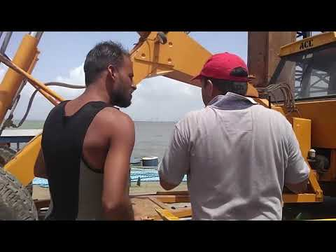 Cable Laying at Gharapuri Pt 3 2017/06/05 111226