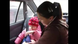 Адаптер ремня безопасности в автомобиле для детей(Подробное описание: http://emag24.ru/products/6794248 Источник видео: https://www.youtube.com/watch?v=zPj709W_dKU., 2013-09-19T02:15:45.000Z)