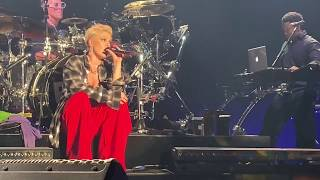 P!NK - What's Up & So What - Hollywood Palladium (2/7/2019) Video