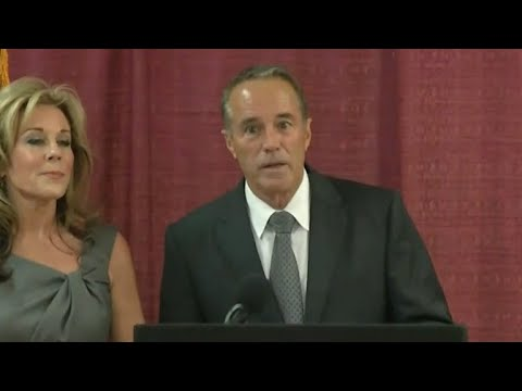 Chris Collins drops reelection bid after insider trading charges