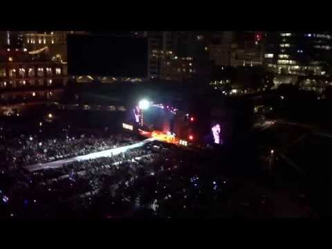 """Vance Joy: """"Fire and the flood"""" at Petco Park in San Diego, California on August 29, 2015"""