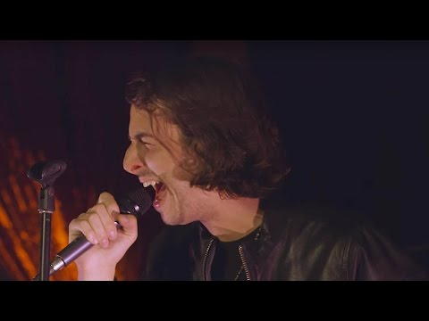 "Bobby Bazini ""C'est La Vie"" (Live) - UMUSIC Sessions"