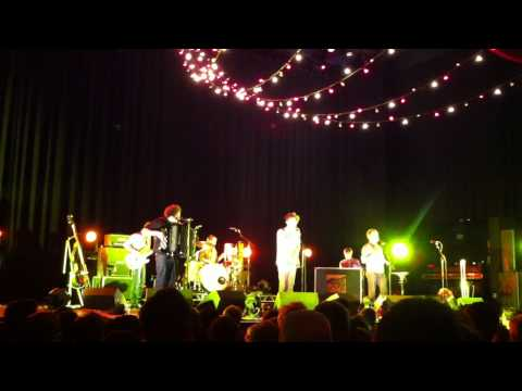 Beirut - Santa Fe (The Pageant, St Louis MO 10/09/2011)