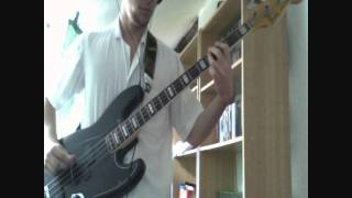 Queens of the Stone Age - First it Giveth Bass Cover