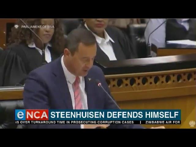 Steenhuisen defends himself over lack of university degree