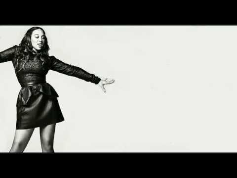 Melanie Amaro - Long Distance Lyric Video