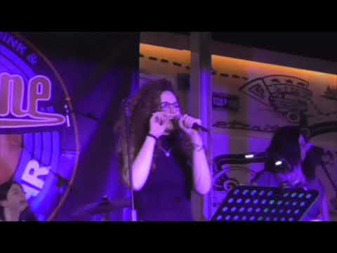 UNDER PRESSURE (QUEEN Cover) Rock From The Girls live