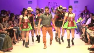 Sukhwinder Singh amazing performance in Fashion show