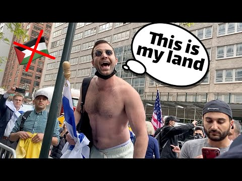 ISRAELI GUY CAUSES CHAOS IN NYC PALESTINE RALLY!!! *FIGHT BROKE OUT*