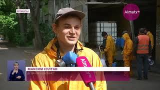 Волонтеры поздравили военных и полицейских с Днем единства народа Казахстана 01 05 20