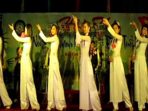 Cuộc thi nữ sinh thanh lịch TRường THPT HTK Quảng Ngãi