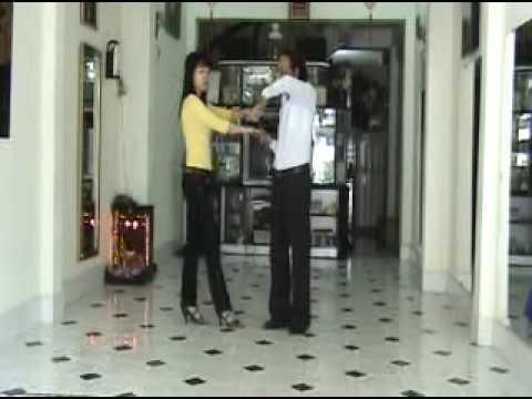 Bebop lop 4 bai 1 - vũ sư Lê Nguyệt & cô Thanh Hằng