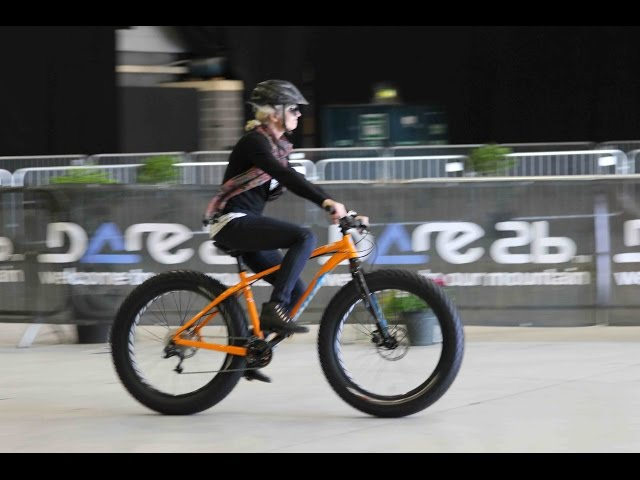 Fatbike testing at the Irish Cycle Show 2015 - Unravel Travel TV
