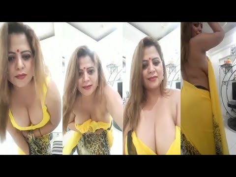 Download Sapna Bhabhi In Saree Blouse Remove and BOOBS Show Full Video 20 Minutes