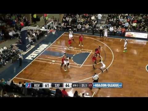 UCLA product Larry Drew II posts 22 points, 12 assists for Skyforce