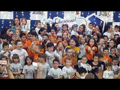 Coral Ed. Infantil e Fundamental I - Tarde da Família Xodó/Extensão X em homenagem às mães 2019