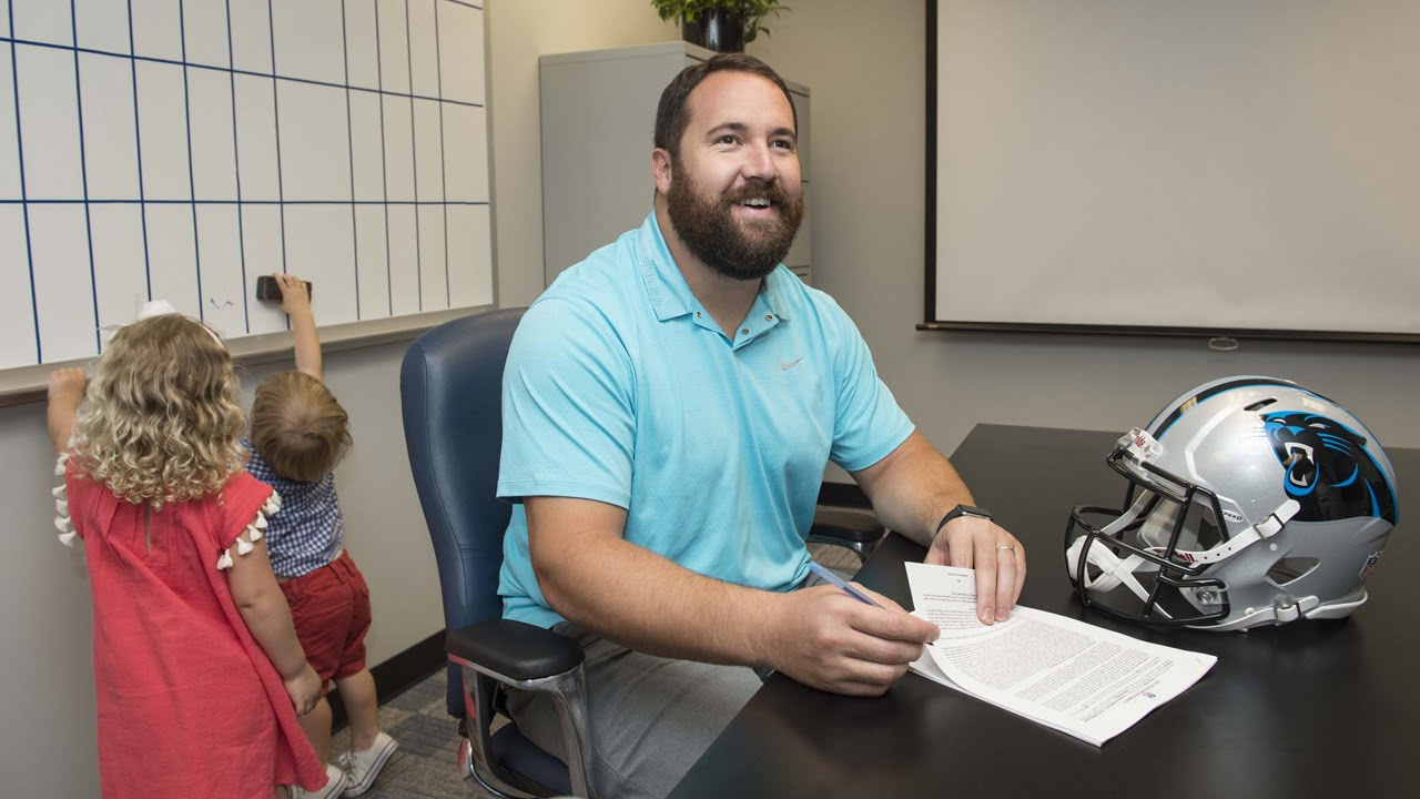 Panthers Sign C Ryan Kalil To Two Year Extension