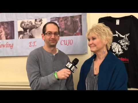 "Talking with Dee Wallace of ""E.T."" and ""Cujo"" at Motor City Nightmares 2016"