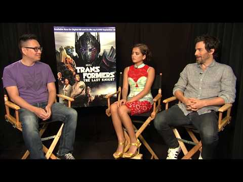 Isabela Moner and Santiago Cabrera on Transformers: The Last Knight
