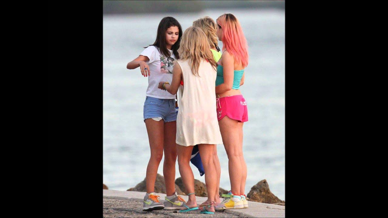 Selena Gomez Filming A Scene For Spring Breakers March 12 Youtube