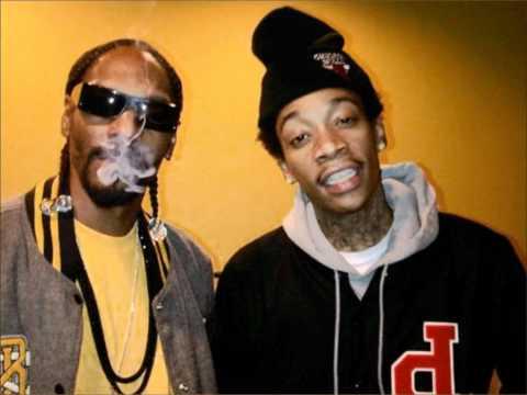 Snoop Dogg & Wiz Khalifa- French Inhale