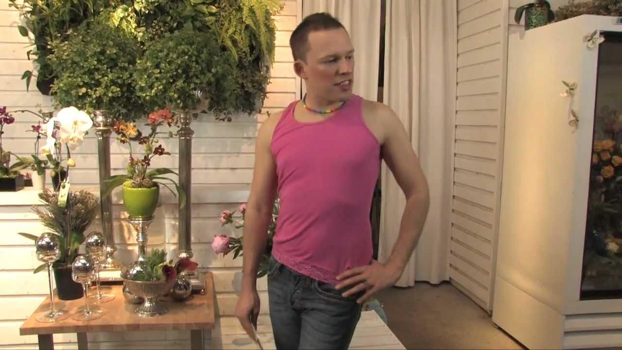 Jannette recommend Transvestite bondage