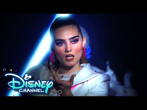 "Meg Donnelly Covers ""Look What You Made Me Do"" ☠️