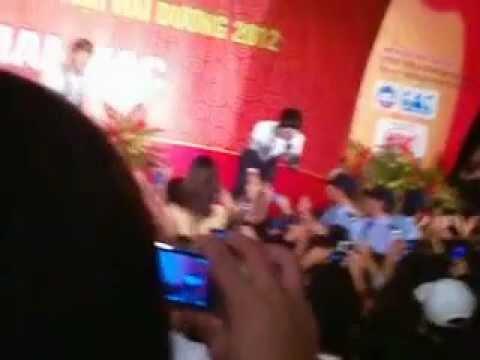 Lời yêu đó [Live] - HKT tại hội chợ Hải Dương / tháng 10-2012