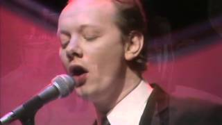 A performance by joe jackson on top of the pops in 1980.