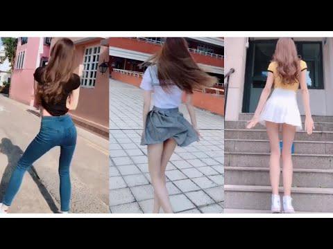 抖音| 小姐姐真大胆,超短裙竟然不穿打底裤😍/ 穿连体衣跳舞真的不勒吗