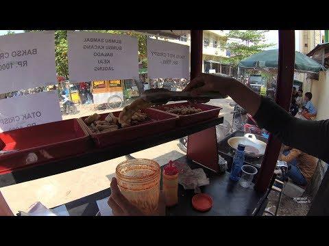 Indonesia Palembang Street Food 3657 Bakso Otak2 Krispy YDXJ0799