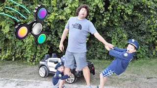 Missing FIDGET SPINNERS featuring Sketchy Mechanic with Ryan and Smalls! Funny Silly Kids video