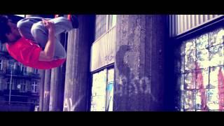 Mrozu feat. KASTA - Globalnie (official profile video) thumbnail