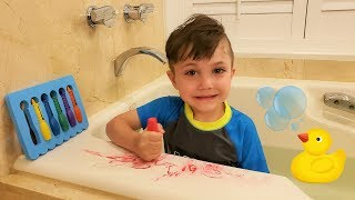 Learn Colors with Giant Crayons in the Bathtub! Color song for kids, toddlers