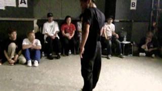 PON vs U-key.VARY / 神戸deバトル.2011.September / SEMIFINAL-2