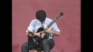 Sinh viên Harvard chơi ghita nhanh như có mô tơ lắp vào mông