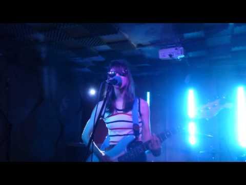 Colleen Green - I Wanna Be Degraded (HD) - Birthdays, Dalston - 08.06.14 mp3