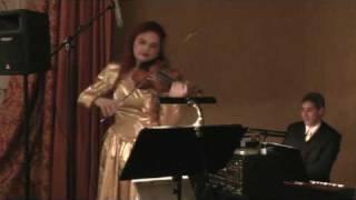 In einer kleinen Konditorei mit Doina Fischer und dem Ballorchester Wiener Flair