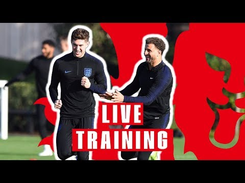 Craig Mitch Takes Your Questions as England Train for Czech Republic | England v Czech Republic thumbnail