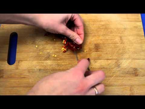 Рецепт приготовления соуса из хрена с помидором в блендере VITEK VT-3414 W