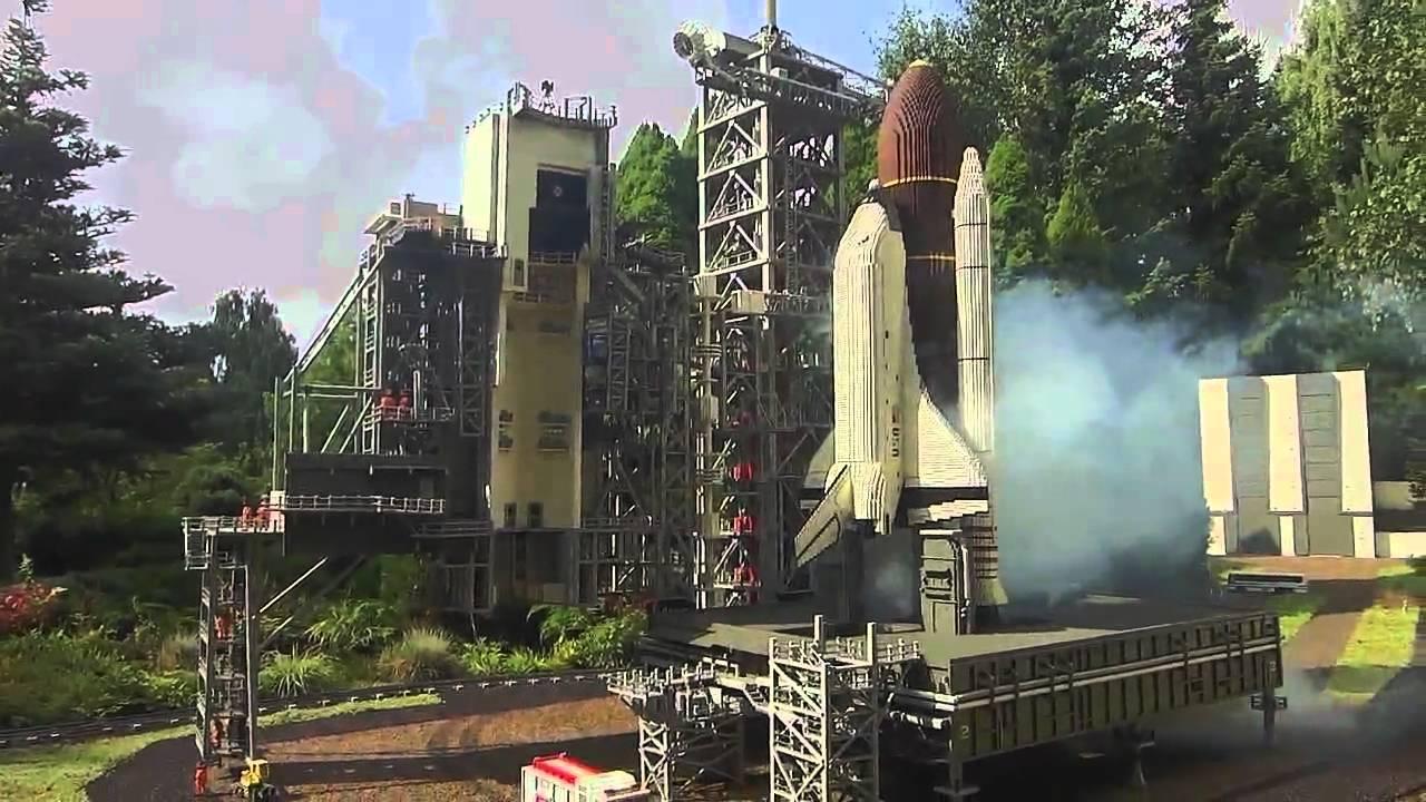 Space shuttle launching Failure LEGOLAND BILLUND - YouTube