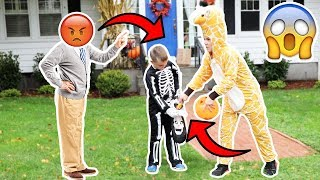 Download TAKING CANDY FROM KIDS ON HALLOWEEN! (COPS CALLED) Mp3 and Videos