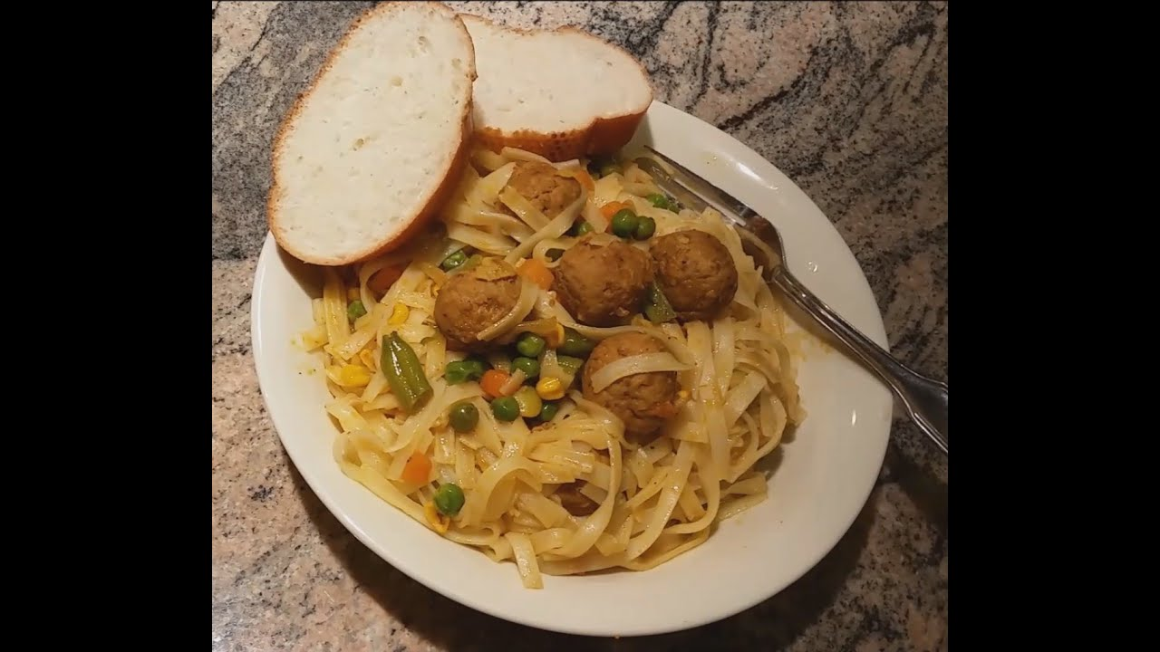 How To Cook Rice Stick Noodles With Meatballs In Easy Steps