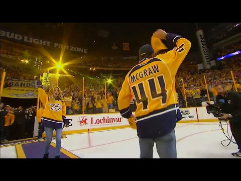 Faith Hill & Tim McGraw hype up Smashville with anthem and rally towels