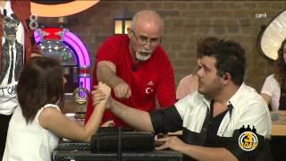 3 Adam - Eser ve İbrahim'den Bilek Güreşi (2.Sezon 5.Bölüm)