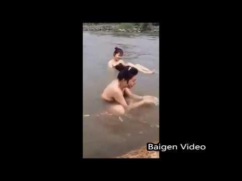 manipur village girls  Bathing in open [viral girls videos must watch]