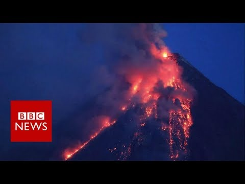 Timelapse of Philippines volcano eruption – BBC News