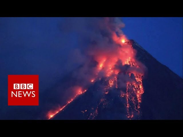 Timelapse of Philippines volcano eruption - BBC News